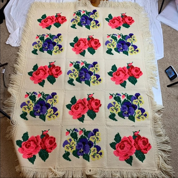Other - Vintage vibrant floral needle point handmade throw